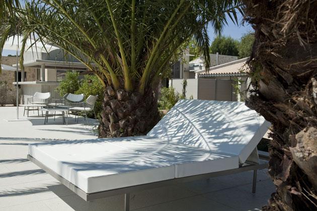 le sezz saint tropez la derni re adresse chic et tendance koming up. Black Bedroom Furniture Sets. Home Design Ideas