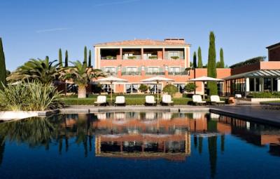 hotel du castellet provence by koming up