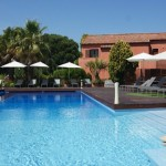 hotel-benkirai-saint-tropez-pool-suite-privee-club-prive