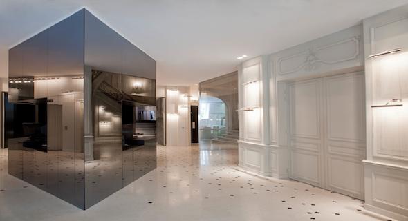 la maison champs elys es un h tel haute couture au coeur. Black Bedroom Furniture Sets. Home Design Ideas