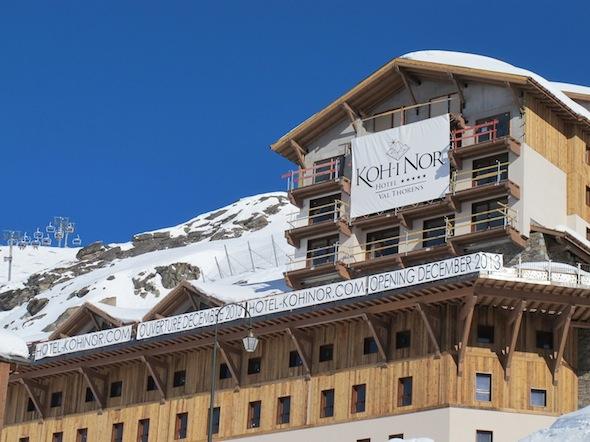 Koh i nor l h tel 5 toiles le plus haut d europe ouvre for Hotels 5 etoiles