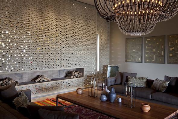 salon berbere moderne sachant que dans le nord du maroc on dcore le salon avec des canaps. Black Bedroom Furniture Sets. Home Design Ideas