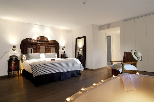 Chambre Dhôtel Avec Jacuzzi, Un Jacuzzi Sur La Terrasse, Spa U003eu003e Hotel Luxe Jacuzzi  Chambre