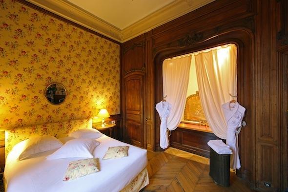 abbaye des vaux de cernay chambre historisque by komingup
