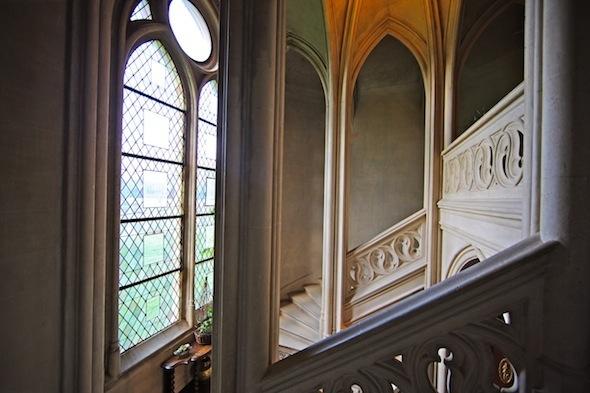 abbaye des vaux de cernay escalier château by komingup