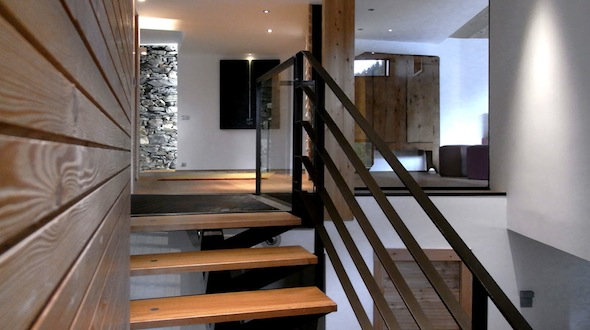 mineral lodge un nouveau chalet au luxe contemporain sur le domaine des arcs paradiski koming up. Black Bedroom Furniture Sets. Home Design Ideas