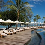Outrigger Maurice Plantation pool by Koming Up