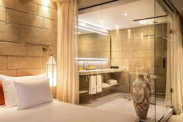 Le sahrai 1er palace contemporain de f s ouvre un spa givenchy koming up - Badkamer epuree ...
