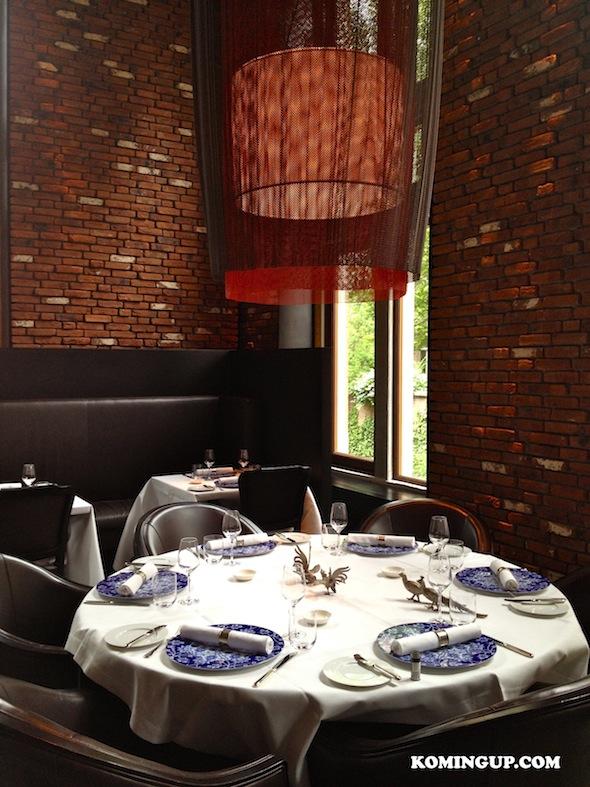 L h tel de l europe au coeur d amsterdam c l bre la saint for Table 52 restaurant week 2015