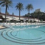 Monte Carlo Beach Hotel piscine olympique by KomingUP