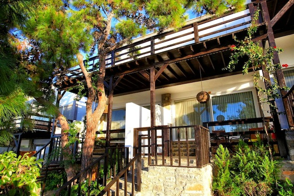 Sarpedor-Boutique-Hotel-&-Spa-Bodrum-Turquie-Superior-Room-03 KomingUP