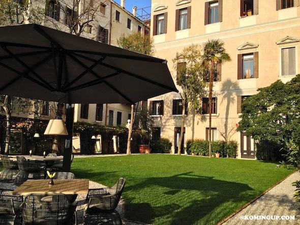 Aman Canal Grande Venice jardin interieur 2