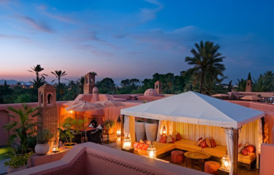 Hotel-Royal-Mansour-Marrakech-Palace-terrasse-riad-coucher-du-soleil-by-KomingUP