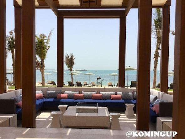 Four-Seasons-Resort-Dubai-Jumeirah-beach-sea-restaurant