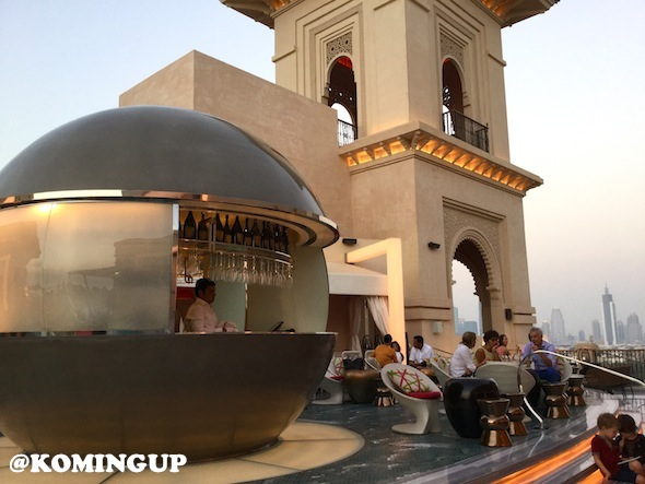 Four-Seasons-Resort-Dubai-Jumeirah-beach-sky-bar