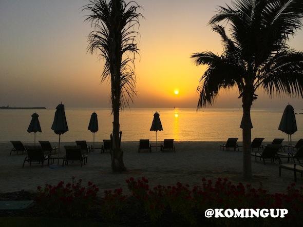 Four-Seasons-Resort-Dubai-Jumeirah-beach-sunset-on-the-beach
