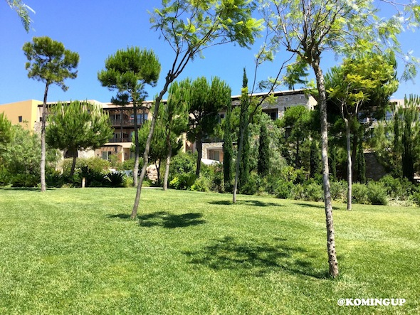 The-Westin-Costa-Navarino-resort-spa-Grece-pilos-bungalows-by-koming-up