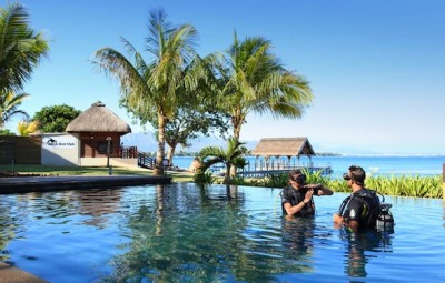 Hotel-Intercontinental-Mauritius-Resort-Balaclava-Fort-plongee-bouteille-en-piscine-by-Koming-UP