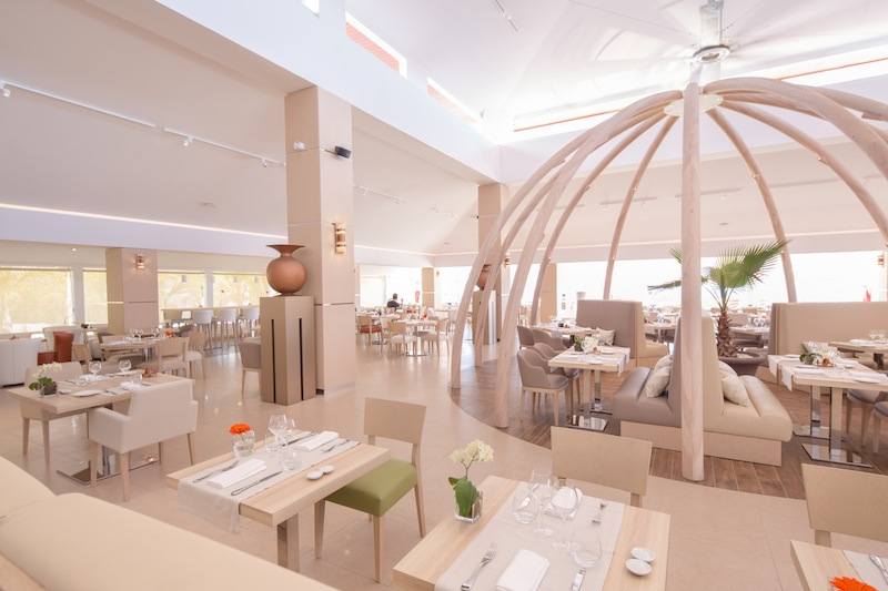 Akoya-Hotel-&-Spa-cinq-etoiles-Ile-de-la-Reunion-Restaurant Le Dôme by KomingUp