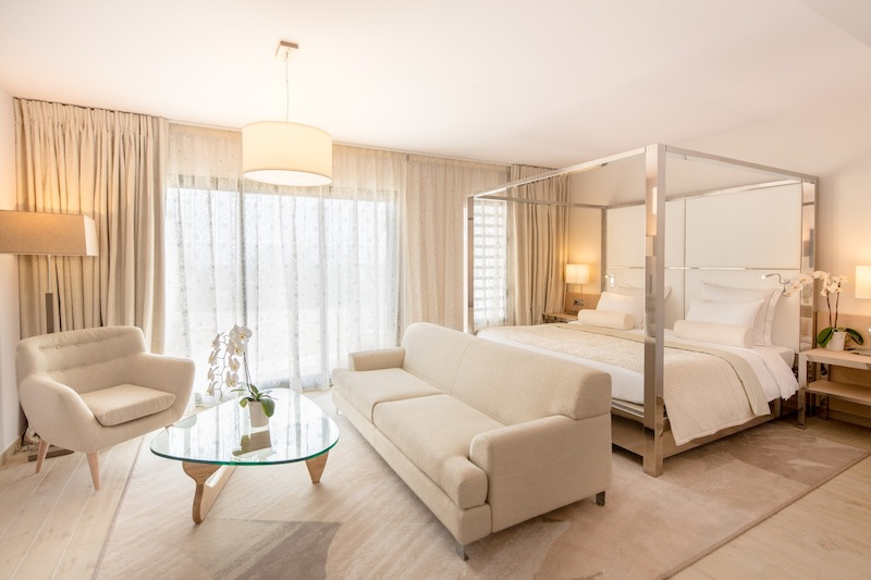Akoya-Hotel-&-Spa-cinq-etoiles-Ile-de-la-Reunion-Suite deluxe by KomingUp