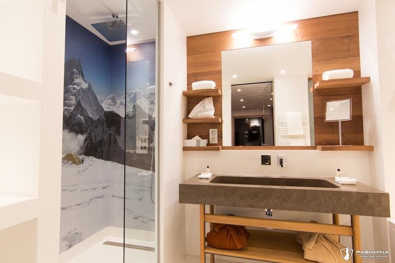 Pashmina--Hotel-de-Luxe-Val-Thorens-salle-de-bains-2 -by-komingup