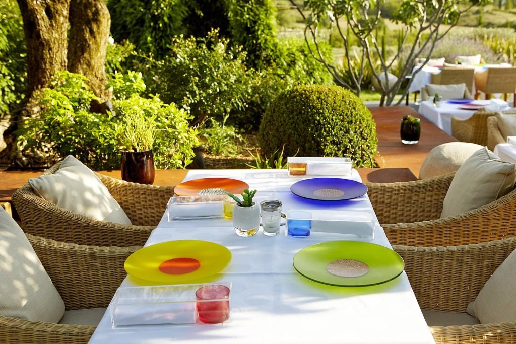 Domaine des Andeols Maisons d'hôtes de luxe Luberon restaurant maison des saveurs terrasse 2