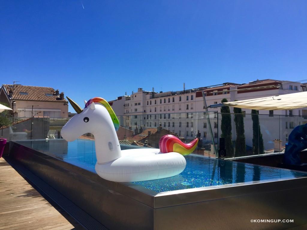 Five-Seas-Hotel-Cannes-hotel-5-etoiles-centre-de-cannes-infinity-pool