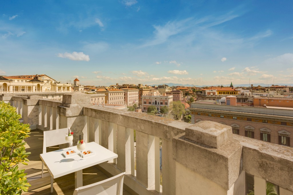 Grand-Hotel-Palace-cinq-etoiles-rome-Terrace-7th-Floor