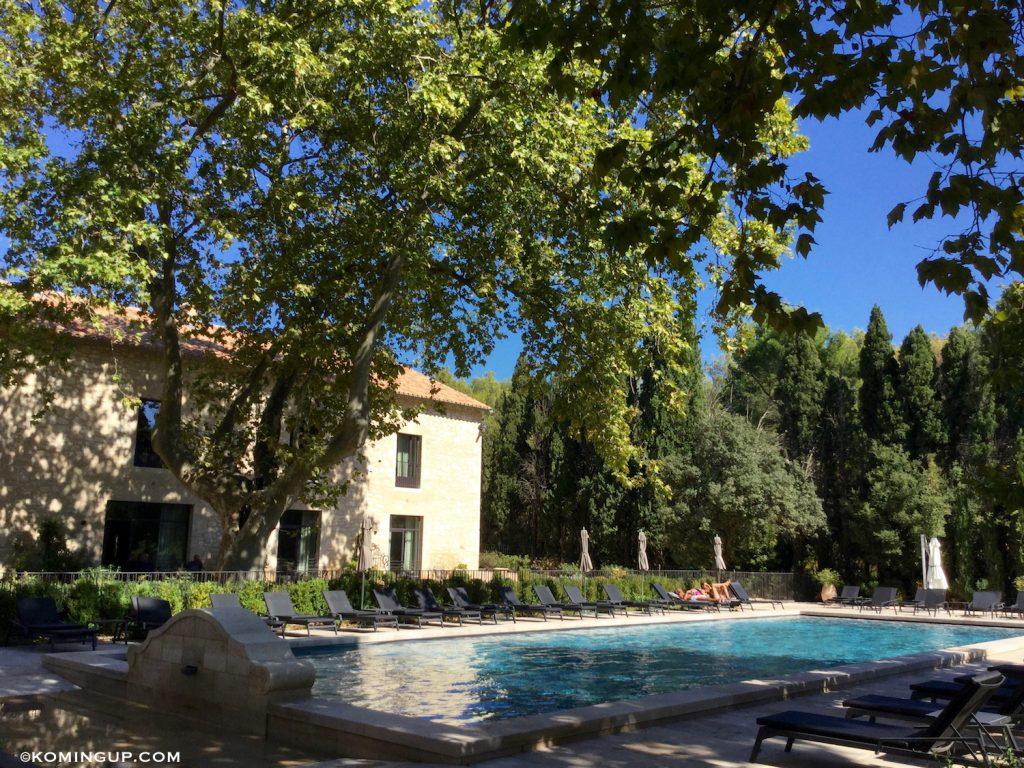 le-domaine-de-manville-hotel-cinq-etoiles-les-baux-de-provence-piscine