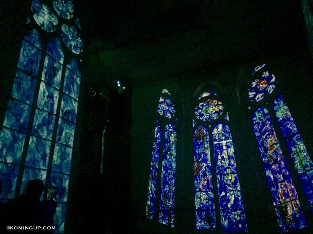 les-carrieres-de-lumieres-chagall-2