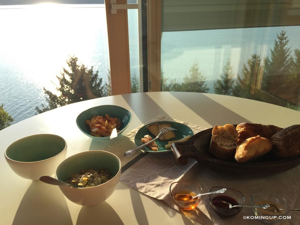 Maison-hôtes-de-luxe-bourget-du-lac-petit-dejeuner-maison-vue-panoramique-lac-du-bourget
