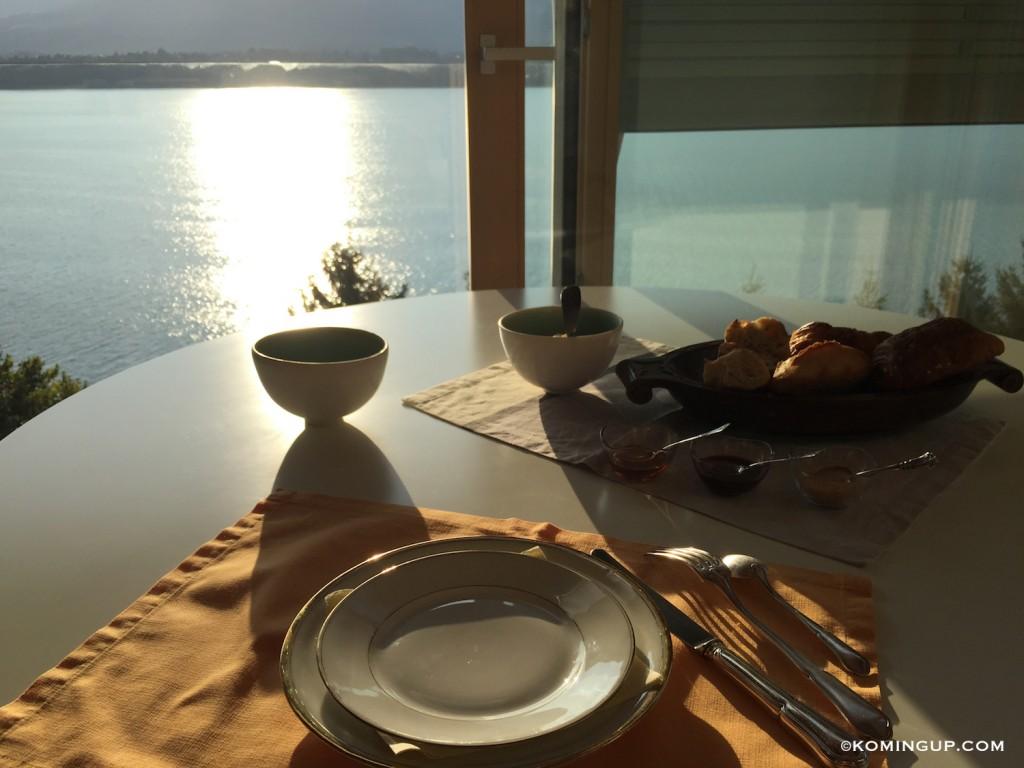 Maison-hôtes-de-luxe-bourget-du-lac-petit-dejeuner-vue-panoramique-lac-du-bourget