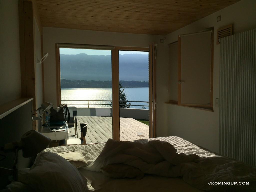 Maison-hôtes-de-luxe-la-turquoise-egaree-bourget-du-lac-chambre-vue-lac-du-bourget