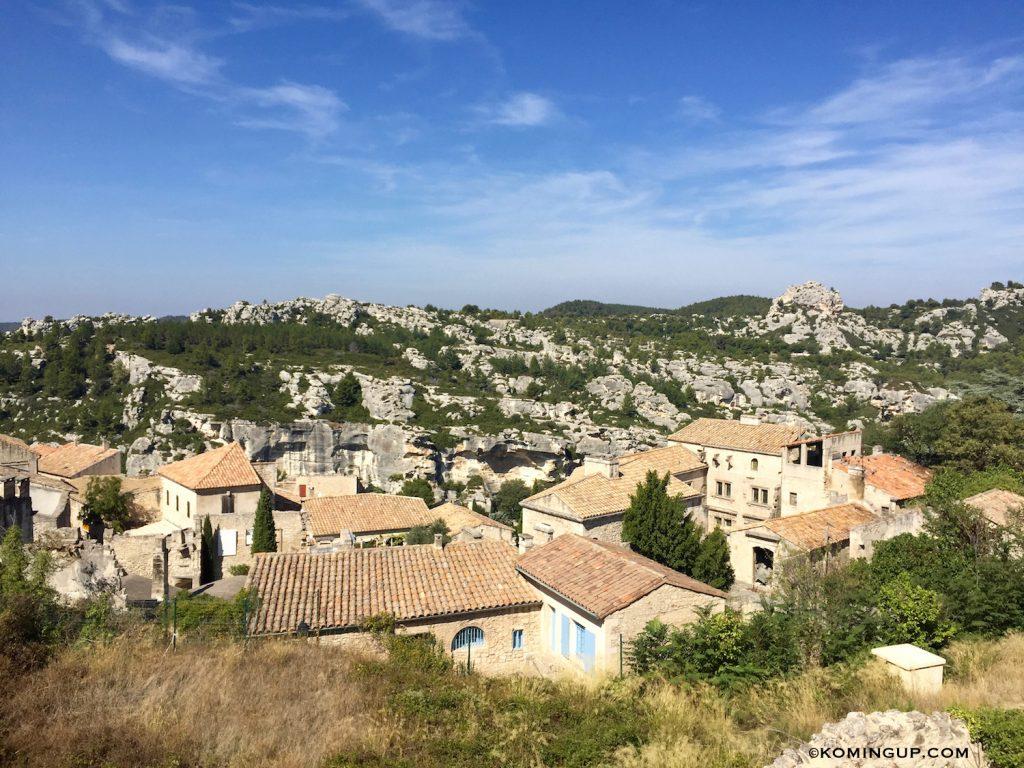 village-des-baux-de-provence-maisons