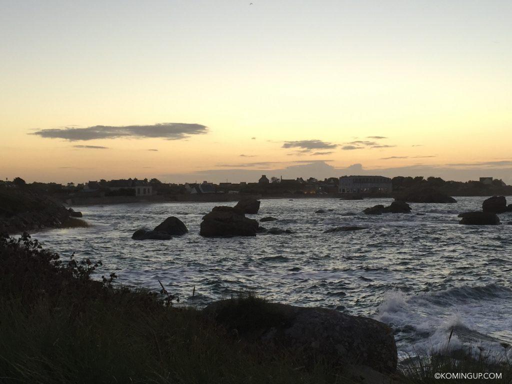 hotel-de-la-mer-brignogan-plage-cote-des-legendes-finistere-nord-bretagne-coucher-de-soleil-maree-haute
