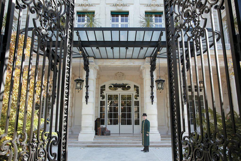 shangri-la-hotel-paris