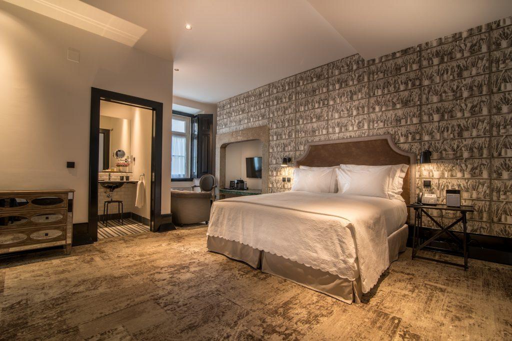 alma-lusa-boutique-hotel-lisbonne-junior-suite