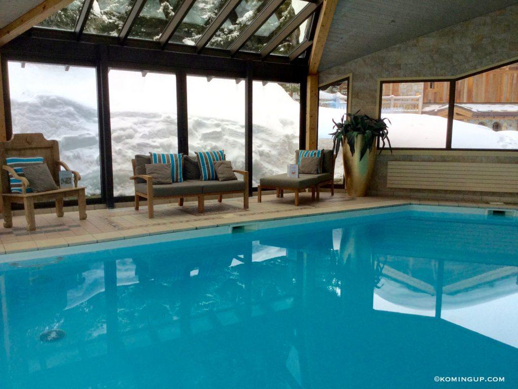 les-sherpas-hotel-4-de-charme-courchevel-1850-piscine