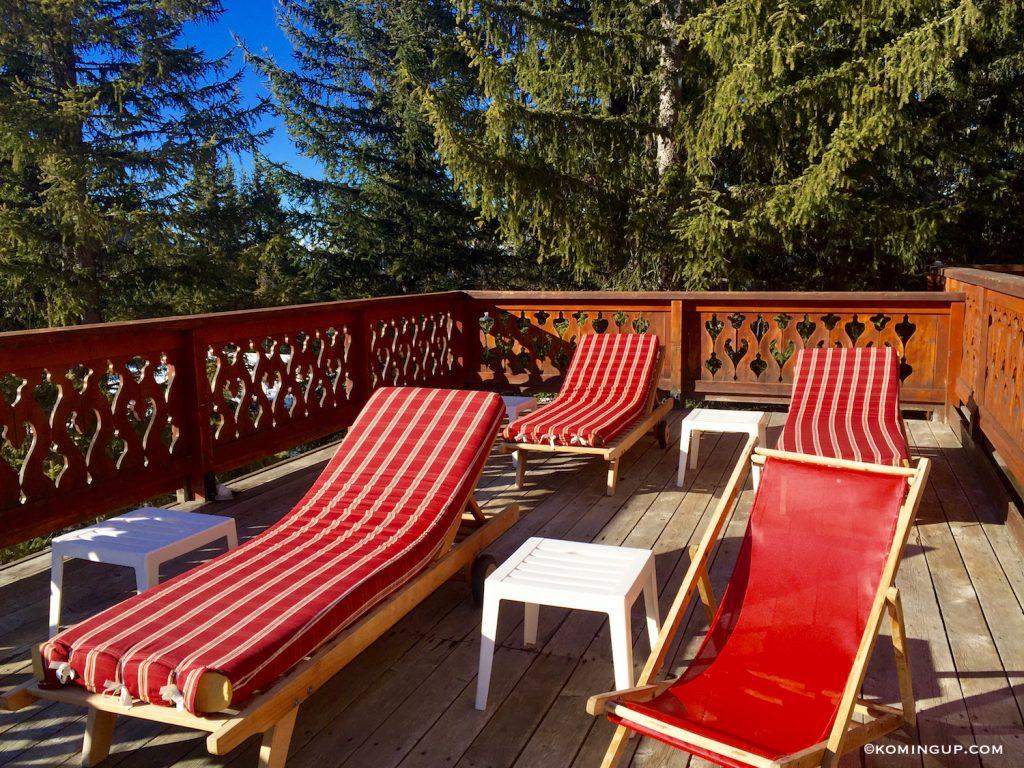 les-sherpas-hotel-4-de-charme-courchevel-1850-terrasse-solarium