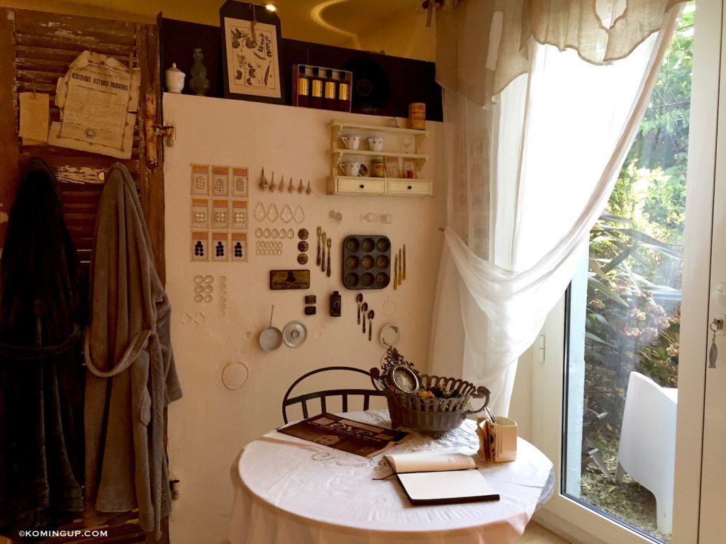 maison-ho%cc%82tes-hote-antique-brignogan-plage-coin-salon-chambre